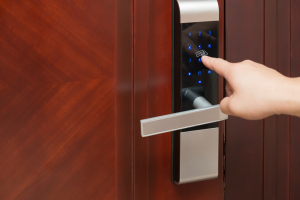 electronic-door-lock-keypad