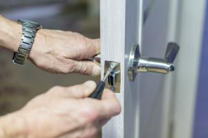 door-lock-replacement