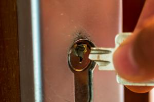 Key broken off inside of a door lock at a house in Alsip, Illinois